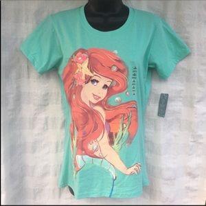 Disney Store Ariel print short sleeve T-shirt sz M